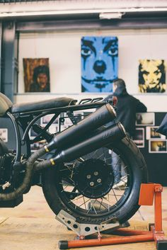 A Journal about moto fashion, product, environment and related design Vintage Bikes, Vintage Motorcycles, Custom Motorcycles, Custom Bikes, Custom Motorcycle Parts, Bobber Custom, Motorcycle Parts And Accessories, Moto Cafe, Cafe Bike