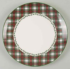 Entertain, gather, and turn your house into a home that's undeniably yours with the Happy Holidays Dinner Plate by Nikko. Christmas Dinnerware, Christmas Dishes, Christmas Items, Crystal Glassware, Christmas Decorations, Christmas Ornaments, Nikko, Holiday Dinner, China Dinnerware