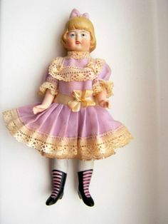 Superb  bisque mignonette doll  Hertwig-Germany