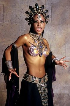 Queen of the Damned (2002)  Aaliyah as Queen Akasha