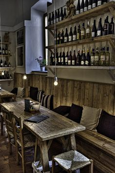 Industrial decor style is perfect for any interior. An industrial bar is always a good idea. See more excellent decor tips here: Pub Interior, Interior Design, Wine Shop Interior, Deco Restaurant, Rustic Restaurant Interior, Italian Restaurant Decor, Modern Restaurant, Pub Decor, Restaurant Interior Design