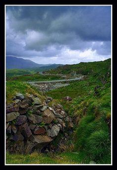 On the road, Kerry, Ireland Copyright: lu dek (lucski)