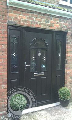 Solidor tenby composite door in oak with matching frames for Front door quote online
