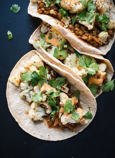 Roasted cauliflower and lentil tacos with creamy chipotle sauce - cookieandkate.com