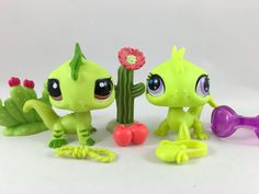 Littlest Pet Shop RARE Pair of Green Iguanas #2781 & #3572 w/ Accessories #Hasbro