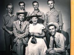 Grand Old Opry stars Hank Williams, Minnie Pearl and others.(Hank Williams and Ernie Tubb were my favorites. Country Music Stars, Old Country Music, Country Western Singers, Country Musicians, Country Music Videos, Country Music Artists, Country Songs, Outlaw Country, Hank Williams Sr