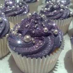Bridal Shower - Purple Glitter Cupcakes w/ Edible Pearls. These are the prettiest cupcakes ever! Glitter Cupcakes, Pretty Cupcakes, Cupcake Cakes, Galaxy Cupcakes, Beautiful Cupcakes, Fancy Cupcakes, Princess Cupcakes, Silver Cupcakes, Food Cakes