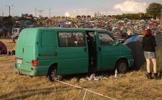 Mit dem Auto auf das Festivalgelände – Festival Haltestelle Woodstock 2012