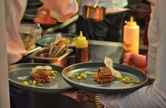 Michelin csillagos vacsora #tbt #diningguide #top100 #alacarte #restaurant #étterem #gyor #tbt #instadaily #food #yummy #mik #instahun #ikozosseg #magyarig #mutimiteszel #mik_gasztro #gasztro #gourmet #gourmetfood #gasztroart #michelinstar #michelindinner  #magyarinsta #instahungary #ighungary  #ig_hun #ikozosseg #mik @chef_koksza @duditsgergely @duditsliza photocredit @gasztrowold Michelin Star, Restaurant, Gourmet Recipes, Spa, Beef, Dining, Instagram, Food, Deli Food
