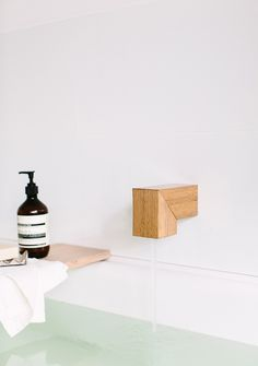 Timber Bath spout