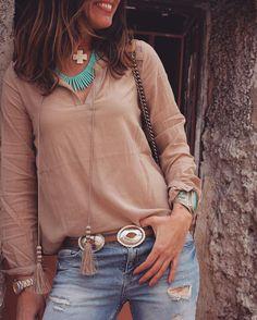 """Camisa boho de @buylevard más detalles www.mytenida.com LINK ON MY BIO #lookoftheday #instagood #instafashion #ootdshare #fashionaddict…"""