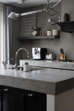 Inspirerende foto's voor onze keukenverbouwing. - Betonnen aanrechtblad in een stoere keuken