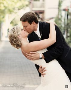 © Favorite Photography | LOVE the Kiss & Dip! Saint Augustine Wedding Photography