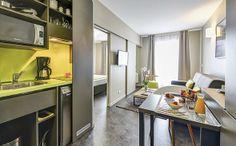 Park&Suites Elégance Le Bourget Blanc Mesnil*** -  Coin Cuisine #lebourget #apparthotel #hotel  #cuisine www.parkandsuites.com/fr/appart-hotel-le-bourget-blanc-mesnil