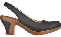 Trouvez vos chaussures N583 Crust Leather Black / Espiral pour femme et plus dans les chaussures et les accessoires, le tout dans notre boutique El Naturalista