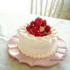 스트로베리 스파이스 생크림 케이크