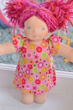 I can't believe Bamboletta still has some Little Buddies in stock! This is the lovely Trinetta. If I (errrr my daughter) didn't have so many dolls already I'd totally be interested!