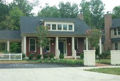 Local Woodbridge  Virginia Real Estate Blog updating home buyers and sellers what's happening in the world of local real estate. This is a brand new home visitor center.