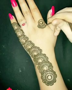 Beautiful mehndi design for front hands it's our beautiful mehndi design for hands hope you like this new henna designs Henna Hand Designs, Mehndi Designs Finger, Modern Henna Designs, Mehndi Designs Book, Mehndi Designs 2018, Mehndi Designs For Beginners, Mehndi Designs For Girls, Mehndi Designs For Fingers, Simple Mehndi Designs