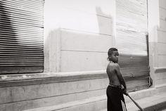 _humanité : déboussolée. comme je te pleure. http://www.candice-nguyen.com/galeries/interludes/pharmakon/