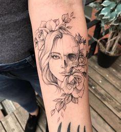 """8,577 curtidas, 19 comentários - Top das Tattoos 💉😍 (@topdastattoos) no Instagram: """"Tatuagem feita pelo artista @korolevatattoo 🖤🌸"""""""