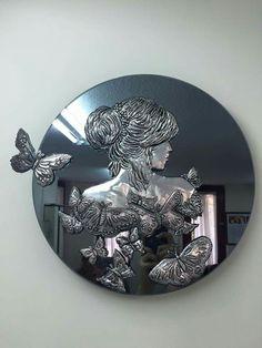 do this with Papier Mache (JPEG Image, 3096 × 4128 pixels) - Scaled - Salvabrani Aluminum Foil Crafts, Metal Crafts, Feuille Aluminium Art, Soda Can Crafts, Pewter Art, Metal Embossing, Copper Art, Ceramic Flowers, Mural Art