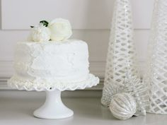 Gingerbread Layer Cake : Decorating : Home & Garden Television