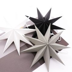 New origami decoration birthday Ideas Christmas Car Decorations, Star Decorations, Birthday Party Decorations, Christmas Crafts, Diy Decoration, Birthday Ideas, Christmas Ornaments, 3d Paper Star, Paper Stars