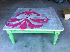 quick stenciled coffee table makeovertrash to treasure