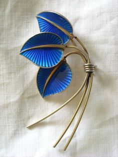 ALBERT SCHARNING NORWAY GUILLOCHE ENAMEL SILVER GILT LEAF BROOCH