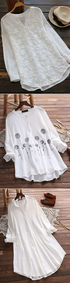 Find plus size fashion and vintage tops, shirts, blouses and t-shirts . Vintage Tops, Vintage Shirts, Vintage Style, Pretty Outfits, Beautiful Outfits, Mode Outfits, Fashion Outfits, Fashion Shirts, Shirt Bluse