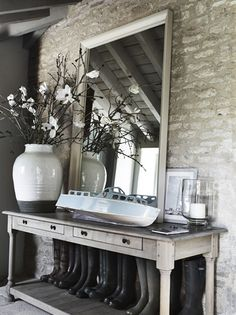 Ode to a boot room Hall Interior Design, Country Interior, Farmhouse Interior, Modern Country Style, French Country House, Boot Room Storage, Neptune Home, Boot Room Utility, Country Lounge