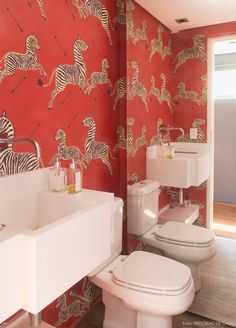 The bright red ZEBRA wallpaper on the wall of this bathroom is stunning! Wallpaper Design For Bedroom, Zebra Wallpaper, Unique Wallpaper, Wallpaper Decor, Bathroom Wallpaper, Colorful Wallpaper, Designer Wallpaper, Classic Furniture, Unique Furniture