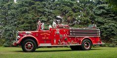 Talleyville Fire Company, Delaware - 1954 Mack L-85, 750 gpm