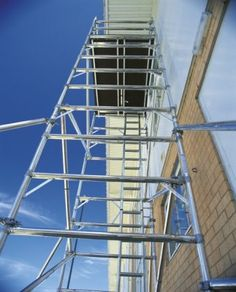 Whether your a builder, tradesman or DIY enthusiast scaffolding towers provide a safe platform to work at height.