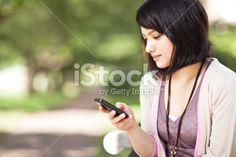 Téléphone mobile, Téléphone, Message SMS, Jeunes filles, Adolescent Photo libre de droits