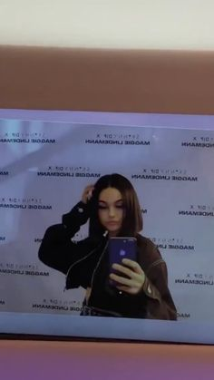 Image in Madison Beer, Maggie Lindemann and Ellise 💕 collection by Madalyn Pixie Styles, Short Hair Styles, Profile Pictures Instagram, Maggie Lindemann, Cool Anime Girl, Madison Beer, Best Friend Pictures, She Song, These Girls