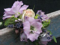 Polscorsage voor bruidje in lila tinten