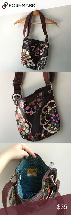 Fossil key-per crossbody Great condition. Some light wear can be seen on top edge of outer pocket, other that that clean and well cared for. Adjustable strap can be worn as a shoulder or crossbody bag. Fossil Bags Crossbody Bags