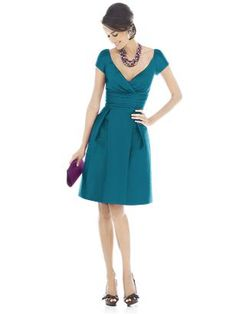 I can wear this dress in this color?!? Pretty please!!! (D502/D500)