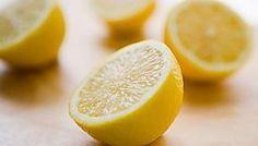 4 Gründe, warum ihr jeden Tag mit einer heißen Zitrone starten solltet