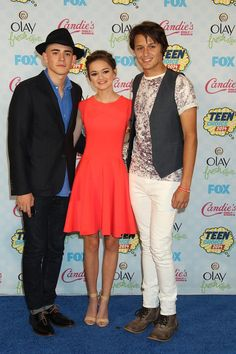 Red Band Society cast at the Teen Choice Awards 2014