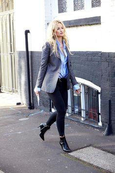Le-Fashion-Blog-Power-Dressing-Statement-Print-Blazer-Blue-Shirt-Black-Jeans-Pointy-Kitten-Heel-Boots-Swedish-Blogger-Anouk-Yve