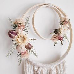 Boho Dreamcatcher | Dried Flowers | Wallhanging | Dreamcatcher | Bohemian | Boho Style | Nursery Dec