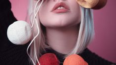 Popular Lip Colors: Top 11 Lipstick Shades Every Woman Should Have Cure For Chapped Lips, Dry Lips, Hair And Beauty, Natural Hair Styles, Short Hair Styles, Bun Styles, Best Lip Balm, Smooth Lips, Thin Lips