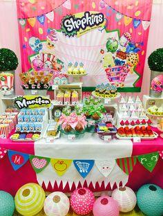 Shopkins Party! Fiesta de Shopkins! Súper divertida fiesta llena de color y deliciosos sabores. AMAIZING treats! Enjoy it