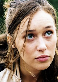 1.05 | Alycia Debnam-Carey as Alicia Clark in Fear The Walking Dead.