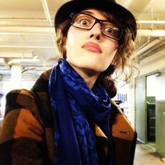 Help she's adorable Kat Dennings??? Haha
