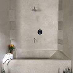 """Tadelakt again! I think I'm in love with this product: goes on like a plaster, I think but cures solid, porous to air but non-porous to water - Italian craftsmanship has done it again! From """"Tadelakt Bathroom Design Ideas 11"""""""