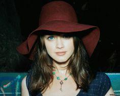 Hatty Alexis Bledel Beautiful Hat